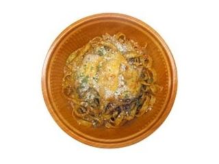ローソン「ウインナーのガーリックトマトソース」など:新発売のコンビニ麺