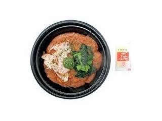 セブン「蒸し鶏と野菜のフォー」ほか:新発売のコンビニ麺