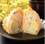 新発売のコンビニおにぎり:ローソン「おいなりさん うずら卵と鶏そぼろ」ほか