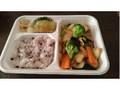 ほっともっと タニタ監修弁当 いかと彩り野菜の黒こしょう炒め ライス普通盛