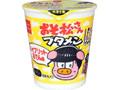 おやつカンパニー おそ松さんブタメン ハイブリットおでん味 カップ37g