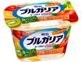 明治 ブルガリアヨーグルト 脂肪0 食べごろあじわいフルーツミックス カップ180g