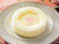 ローソン ホワイトチョコレートのロールケーキ