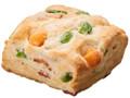 ローソン 枝豆とベーコンのチーズビスケット