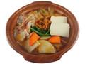 セブン-イレブン 1日に必要とされる野菜1/2が摂れるキムチ鍋