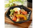ナチュラルローソン 彩り野菜と鶏肉の黒酢あん丼