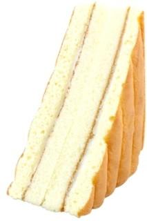 新発売のコンビニパン:セブン-イレブン「小麦香るロールパン コールスロー」ほか