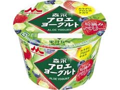 森永 アロエヨーグルト 旬摘みベリー カップ118g