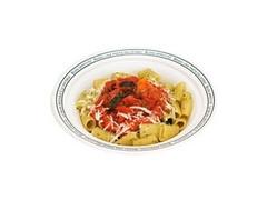 ファミリーマート 生パスタ リガトーニグリル野菜とトマトバジル