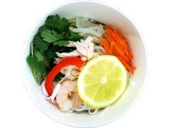 ファミリーマート 蒸し鶏と野菜のフォースープ