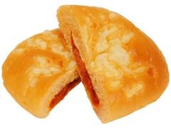 ファミリーマート トマトとクリームチーズのパン