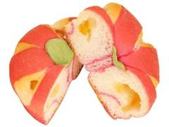 ファミリーマート ファミマ・ベーカリー ちぎれるりんごぱん