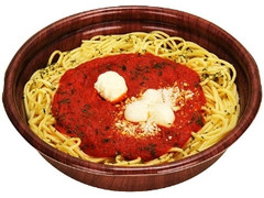 ファミリーマート 完熟トマトとチーズのパスタ
