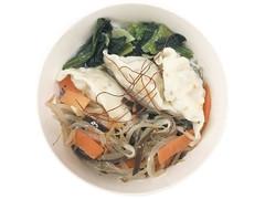 ファミリーマート 餃子と野菜の中華風春雨スープ