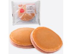ファミリーマート もちっとホットケーキ いちご&ホイップ