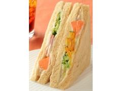ローソン 5種の温野菜サラダサンド バーニャカウダソース仕立て