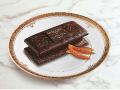 ローソン Uchi Cafe' SWEETS×GODIVA ショコラクッキーサンド