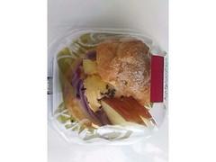 ローソン Uchi Cafe' SWEETS プレミアムシュークリーム さつまいも&りんご