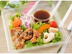ローソン 7種野菜と鶏唐揚げのサラダ
