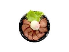 デイリーヤマザキ ローストビーフ丼 西洋わさび入りソース付き