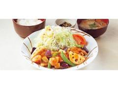 ココス 野菜と鶏唐揚げの甘酢あんかけ膳