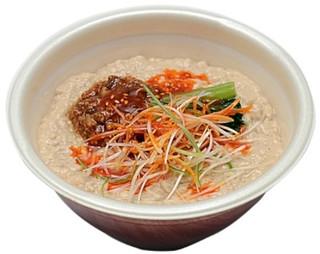 新商品のコンビニ麺:セブン「ごま豆乳担々麺」ほか