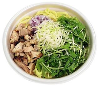 セブン「鶏魚介ダレで食べる!汁なしまぜそば」ほか:新発売のコンビニ麺