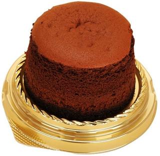 新発売のコンビニスイーツ:ファミマ「RIZAP 濃密チーズケーキ」ほか