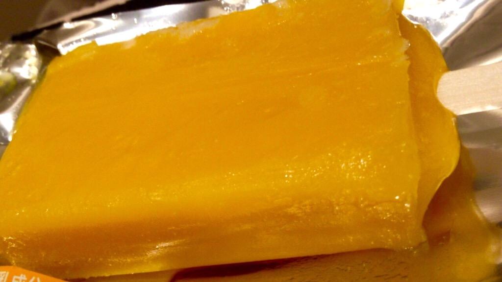 セブンプレミアム まるでマンゴーを冷凍したような食感のアイスバー クチコミ