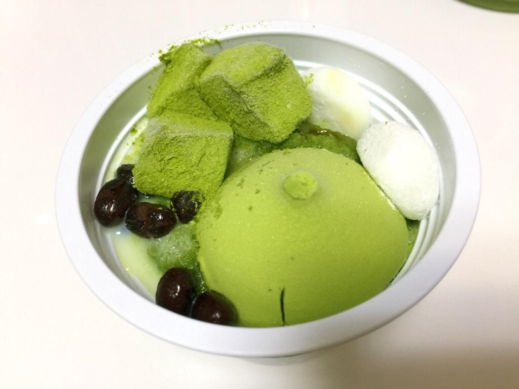 セブンプレミアム「宇治抹茶氷 わらび餅・あんこ添え」 クチコミ