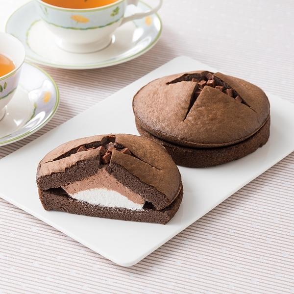 ファミリーマート ダブルクリームサンド 生チョコクリーム&ホイップ