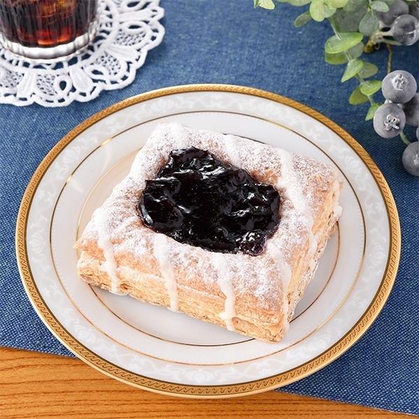 ファミリーマート フルーツパイ ブルーベリー&フロマージュクリーム