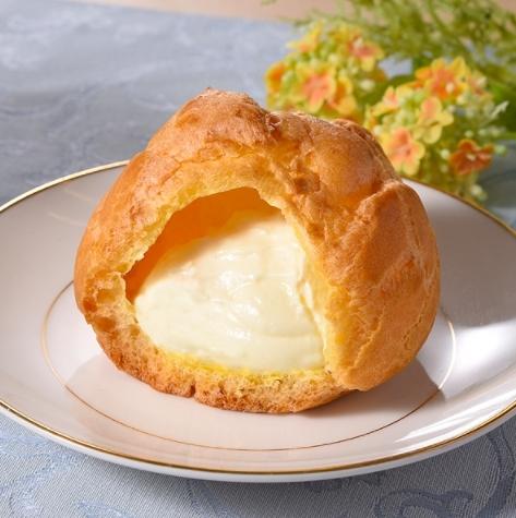 ファミリーマート レアチーズシュー
