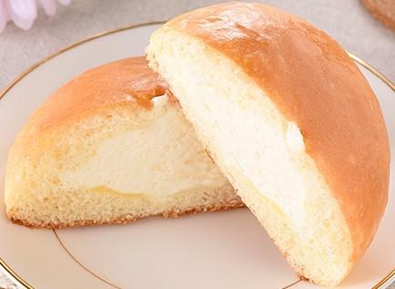 ファミリーマート 冷やして食べるこだわりなめらかクリームパン