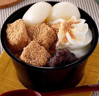 ファミリーマート 北海道産小豆のつぶあん使用 白玉とわらび餅のクリームぜんざい