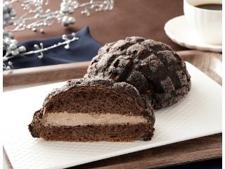 ローソン 黒いメロンパン ベルギーチョコホイップ