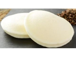 ローソン 国産小麦のもちっとパンケーキ ほうじ茶クリーム&ホイップ 2個入
