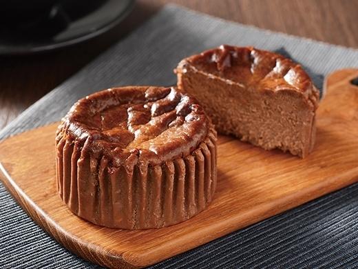 ローソン Uchi Cafe' SWEETS バスチー バスク風ショコラチーズケーキ