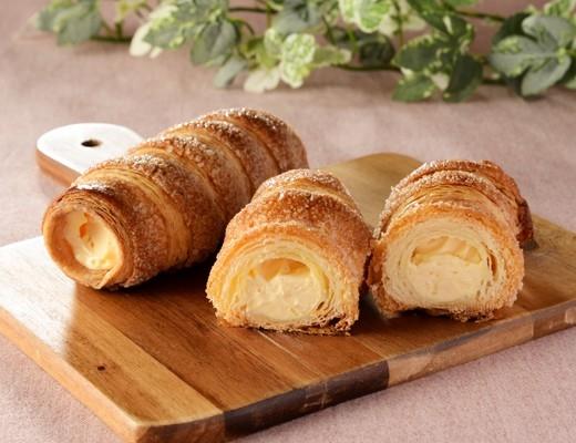 ローソン Uchi Cafe' SWEETS パイコロネ カスタードホイップ