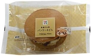 セブン-イレブン 黒蜜きな粉パンケーキどら