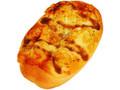 ファミリーマート あめ色たまねぎとチーズのパン