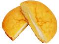 ファミリーマート シュークリームみたいなパン カスタード&ホイップ
