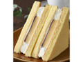 ファミリーマート プリンのふんわりケーキサンド