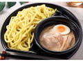 ファミリーマート もっちり太麺冷し魚介豚骨つけ麺