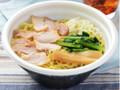 ローソン 鶏ガラと魚介のWスープ 中華そば