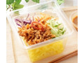 ローソン ピリ辛肉味噌のこんにゃく麺サラダ