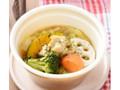 ローソン 彩り野菜とチキンのスープカレー