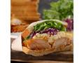 スターバックス グレイビーチキン&エッグサンドイッチ