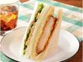 ナチュラルローソン 海老カツと根菜胡麻サラダサンド