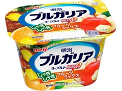 明治 ブルガリアヨーグルト 脂肪0 しゃきしゃきフルーツミックス カップ180g